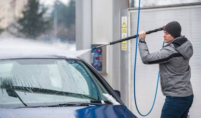 car-wash-in-winter