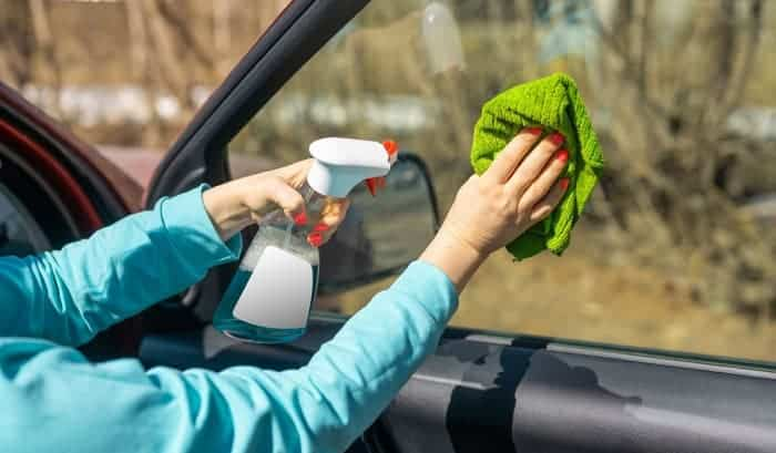 how to clean car windows without streaks