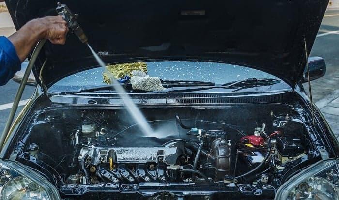 washing-engine-at-car-wash