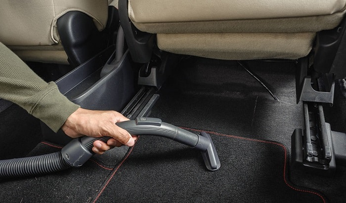 dry-wet-carpet-in-car