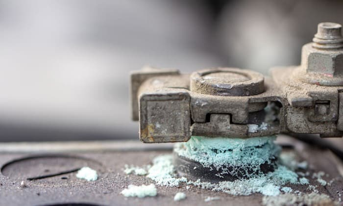 cleaning-car-battery-corrosion